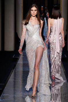 Atelier Versace Primavera-Verano 2014 - Alta Costura - http://es.flip-zone.com/fashion/couture-1/fashion-houses/atelier-versace-4437 - ©PixelFormula