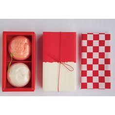 鶴亀石鹸 京東都 Japanese Packaging