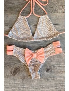 SHARE & Get it FREE | Halter Snakeskin Print Bikini String SetFor Fashion Lovers only:80,000+ Items • New Arrivals Daily Join Zaful: Get YOUR $50 NOW!