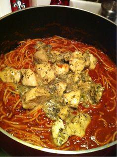 Chicken in red gravy (spaghetti sauce)