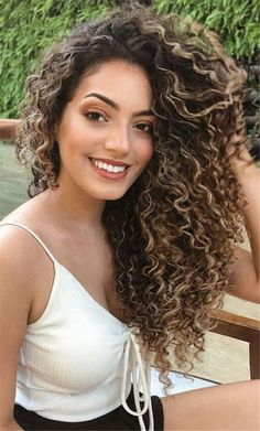 Long Curly Hairstyles and Colors 2019 long curly hairstyles; trendy hairstyles and colors side part long curly hair; middle parted long curly hairlong curly hairstyles; trendy hairstyles and colors side part long curly hair; middle parted long curly hair Curly Hair Styles, Dyed Curly Hair, Colored Curly Hair, Short Curly Hair, Natural Hair Styles, Curly Perm, Ombre For Curly Hair, Style Curly Hair, Curly Hair Model