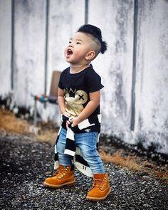 Discover ideas about baby boy swag Hipster Outfits, Baby Outfits, Baby Boy Clothes Hipster, Baby Boy Swag, Outfits Niños, Kid Swag, Hipster Boots, Toddler Boy Fashion, Little Boy Fashion