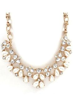 Oooo...another great piece from LUXE Auctions. Check them out on Facebook to buy this Madison Necklace $24.00. Sale ends 11-30-13.
