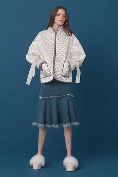 RC17J263 - (주) 로맨시크 ROMANCHIC Sport Fashion, Fashion Brand, Kids Fashion, Winter Fashion, Womens Fashion, Swimwear Model, Future Trends, Fashion Details, Fashion Design