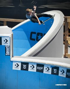 One of the best in my opinion. Skateboard Ramps, Skate Photos, Skateboard Pictures, Skateboard Art, Hang Ten, Skate Shop, Skate Park, Entertainment Industry Jobs, Skate Style