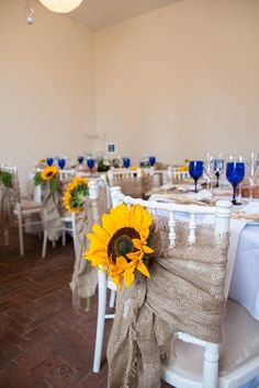 Sunflowers And Rustic Style For A Charming English Country Garden Inspired…
