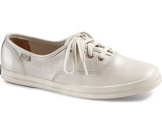 CHAMPION PEARL LEATHER - Cream | Keds