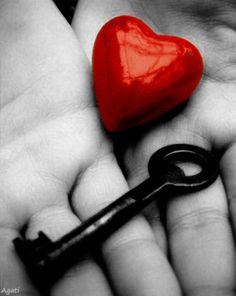 SHE is holding the key of my heart .key of my heart Heart Gif, I Love Heart, Key To My Heart, Just Love, Just In Case, Color Splash, Color Pop, Gifs, Vintage Keys