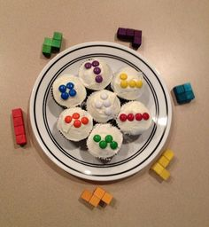 Party Ideas - Geek theme on Pinterest | Space Invaders ...
