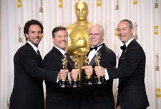 Oscar 2013 BEST VISUAL EFFECTS : Life of Pi Bill Westenhofer, Guillaume Rocheron, Erik-Jan De Boer  Donald R. Elliott