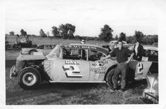 Former nascar driver Dave Marcis in his early days of racing Dirt Track Racing, Nascar Racing, Auto Racing, Car Photos, Car Pictures, Mark Martin, Old Race Cars, Sprint Cars, Vintage Race Car