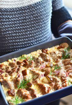 Polędwiczki wieprzowe w sosie grzybowo-cebulowym - etap 1 Pork Recipes, Cooking Recipes, Big Meals, Pork Dishes, Food Design, Food To Make, Sandwiches, Dinner Recipes, Food And Drink