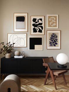 Home Living Room, Living Room Decor, Bedroom Decor, Wall Decor, Interior Inspiration, Room Inspiration, Creation Deco, Gallery Wall, Interior Design