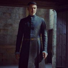 His best costume in my opinion. Peter Baelish, Lord Baelish, Got Costumes, Game Of Thrones Series, Aidan Gillen, Game Of Thrones Costumes, Sansa Stark, Beautiful Costumes, Cloaks
