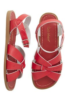 Outer Bank on It Sandal in Red. A sunny reception from your friends is a d689ce893aa2