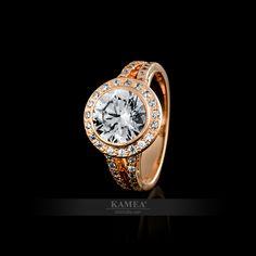 Exkluzívny zásnubný prsteň z bieleho 14 karátového zlata, osadený Swarovski zirkónmi. Možnosť vyhotovenia v žiarivom bielom zlate, v klasickom žltom zlate a v romantickom červenom zlate, v zirkónovej aj v diamantovej verzii. Michael Kors Watch, Swarovski, Watches, Accessories, Wristwatches, Clocks, Watches Michael Kors, Jewelry Accessories