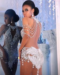 #Repost of this absolutely incredible piece by the amazing #LeoAlmodal  I loved this gown, the moment Cherelle Patterson stepped out in it, during Miss Grand International  Lorraine Ojimba looks just as stunning is this incredible piece! #Philippines #Pinoy #Filipino #PinoyDesigner #FilipinoDesigner #thepageantspotlight #pageantstyling #haute #hautecouture #couture #fashion #highfashion #fashionspiration #gownspiration #eveninggowns #eveningdress #pageantgowns #redcarpet #instastylist #ig...