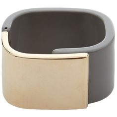 Furla Gemini Grey and Gold Cuff (165 BRL) ❤ liked on Polyvore featuring jewelry, bracelets, grey, gold bracelet bangle, gold jewelry, gold bracelets bangles, cuff jewelry and gold hinged bracelet