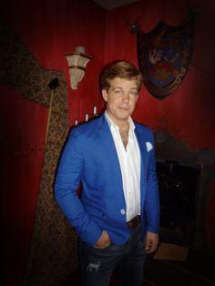 Great blue blazer!