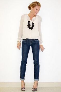 What to Wear to Dinner - Tina Adams Wardrobe Consultant ALWAYS gets it right. Simple ~ STYLE GOOD