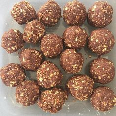 Fruit free #protein balls made!  Nuts oats rice malt strip but butter cacao maca cinnamon  #foodprep #mealprep #lowcarb #fitness #weightloss #goodfats #cleaneating #eatclean #eathealthy #health #healthyeating by iwantabootyyoucanparkabikein