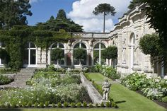 The White Garden, Somerleyton, Suffolk.