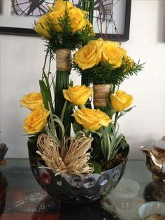 Yellow roses n individual bouquets - lovely! Creative Flower Arrangements, Church Flower Arrangements, Rose Arrangements, Church Flowers, Beautiful Flower Arrangements, Exotic Flowers, Unique Flowers, Fresh Flowers, Beautiful Flowers