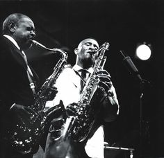"""""""Some people say there was no jazz tenor before me. All I know is I just had a way of playing and I didn't think in terms of any other instrument but the tenor."""" Coleman Hawkins, pictured with Sonny Rollins at the Newport Jazz Festival, 1963 by Lee Tanner Jazz Artists, Jazz Musicians, Music Artists, Newport Jazz Festival, Coleman Hawkins, Sax Man, Sonny Rollins, Lounge Music, Jazz Lounge"""