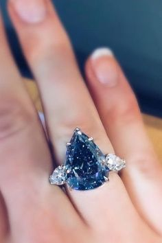 'The Winston Blue' - 13.22 carat vivid blue and flawless diamond. Unforgettable.