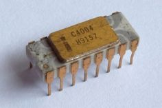 Schematic Mask and Die Shot of Intels 4004 CPU from 1971