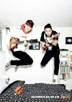 SBS Roommate - Chanyeol with his roommate, Shin Sung Woo :D #EXO #Chanyeol
