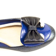 LiliKoi- Lililoves collection, - Made in Brazil, beautiful and ultra comfy Navy Glitter pumps..