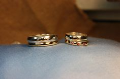 Wedding rings. Gold 750/18k, silver and Tourmalines. Handmade by goldsmith Sanna Hytönen, Finland. http://www.kultaseppasannahytonen.com/