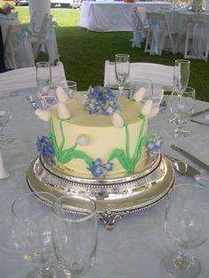 Cake fondant fondant and wedding cakes on pinterest