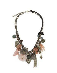 Collar monedas y pompones de Zara.. + Info. http://www.deli-cious.es/index.php/bisuteria/596-collar-monedas-y-pompones-zara-verano