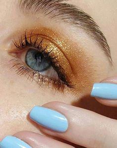 Subliminal Platinum Bronze Palette Bronze eyeshadow makeup look using Pat McGrath Labs 'MTHRSHP Subliminal Platinum Bronze' Spring 2018 eyeshadow palette, shade: 'Sextrovert' Makeup Trends, Makeup Inspo, Makeup Inspiration, Makeup Tips, Makeup Hacks, Beauty Makeup, Makeup Ideas, Makeup Tutorials, Makeup Products