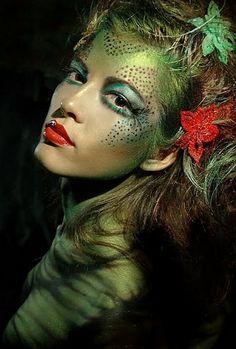 Green Halloween Makeup