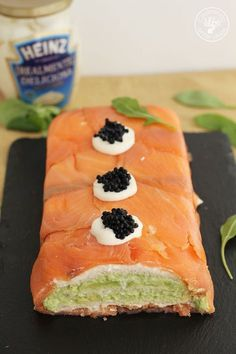 Salmon Y Aguacate, Gluten Free Recipes, Healthy Recipes, Canapes, I Love Food, Tapas, Sushi, Brunch, Easy Meals