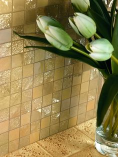 Minoli Tiles - Four Seasons - Golden, bright and enhanced by light. Four Season Summer Mosaic by Minoli creates an exclusive elegance - Wall Mosaic: Four Seasons Summer 30 x 30 cm. - https://www.minoli.co.uk/tiles/four-seasons-summer/ - #mosaic #Minoli