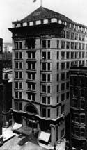 Steinway Hall building (Chicago).jpg  The building for a time in the early 1900s was the offices and nucleus of a group of famous Chicago architects that included a young Frank Lloyd Wright. These young architects, inspired by the Arts and Crafts Movement and the philosophies of Louis Sullivan, formed what would become known as the Prairie School.