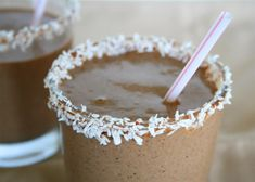 Chocolate Coconut Protein Smoothie, 1 young coconut, just the meat 1 cup raw, unsweetened almond milk* 1 tbsp. chocolate hemp protein powder** 1 ½ frozen bananas Pinch sea salt 3 packets Truvia (or other healthy sweetener) 6 ice cubes Smoothie Drinks, Fruit Smoothies, Smoothie Recipes, Protein Smoothies, Coconut Protein, Coconut Smoothie, Coconut Milkshake, Banana Coconut, Yummy Drinks