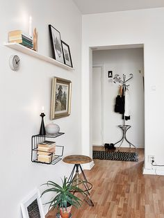 Old and new united - via Coco Lapine Design