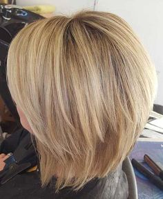 39.Short Blonde Haircut