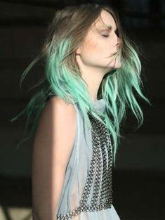 Dip-Dyed Hair : Fannie Schiavoni Autumn/Winter 2010