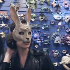 Bunny Mask, Bella Hadid, Mask Design, New Orleans, Masks, Lion Sculpture, Michael Kors, Statue, Inspiration