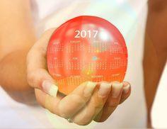 Mnohí vchádzajú do nového roku s rozhodnutím a so zoznamom, čo všetko zmenia vo svojom živote. Ak chceme zmenu, treba zmeniť aj myslenie. Starbucks Iced Coffee, Coffee Bottle, November, New Moon, Aquarium, Affirmations, Polka Dot, February, Magick