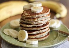 These gluten free vegan banana pancakes are fluffy, moist, flavorful, and they're even healthy! Start your day off right with a stack of vegan banana pancakes. Gluten Free Banana, Vegan Gluten Free, Gluten Free Recipes, Dairy Free, Vegan Recipes, Paleo, Vegan Banana Pancakes, Pancakes And Waffles, Gluten Free Breakfasts