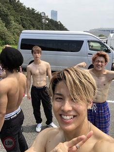 RIKU BLOG - RIKU | Artist blog - EXILE TRIBE mobile Hot Korean Guys, Korean Men, Man Crush Everyday, Soul Brothers, Asian Boys, Fangirl, High Low, Muscle, Singer