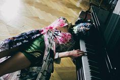 Dress & Mask by SWRD by Sonja Dissberger Photography: Stefan Dotter Styling: Sky Bulatovic Model: Katharina Korbjuhn Hair: Ivana Zoric Make-Up: Kamila Migasiewicz Styling Assistant: Lia von Buddenbrock