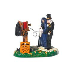 "Department 56: Products - ""A Gravely Haunting - 2007"" - View Accessories"